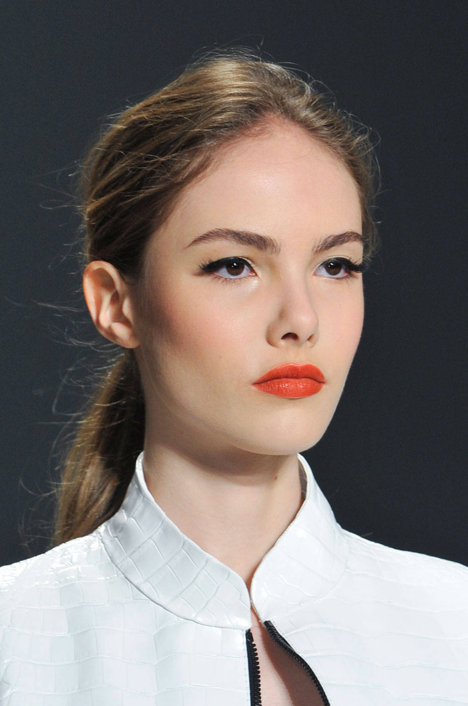 New Makeup Brushes: Electric Orange Lipstick Is A New Must!
